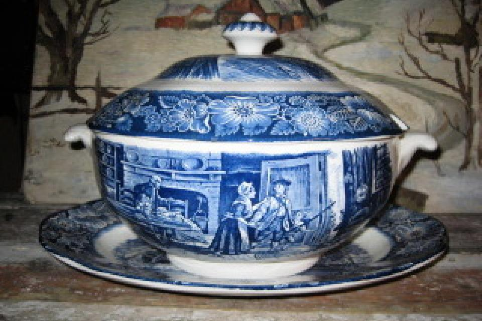 Liberty Blue Staffordshire Soup Tureen Large Photo
