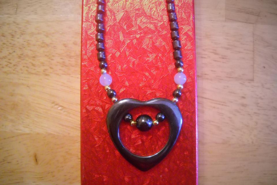 Very Rare and Uniquely Seductive Heart Necklace for Beautiful women Large Photo