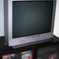 "Sony Trinitron 36"" Flatscreen Photo"