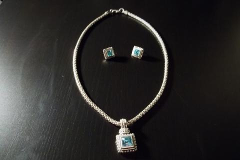 Neclace and Earring set light blue costume jewelry pendant  Photo
