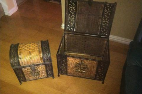 Wicker crates Photo