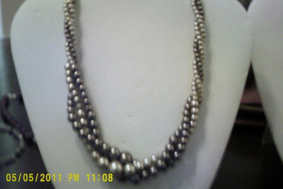 Pearl Necklace Large Photo