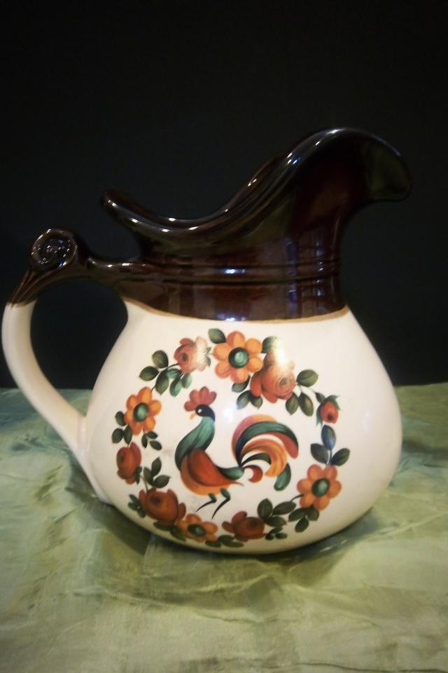 Vintage McCoy Pottery Rooster Pitcher Photo