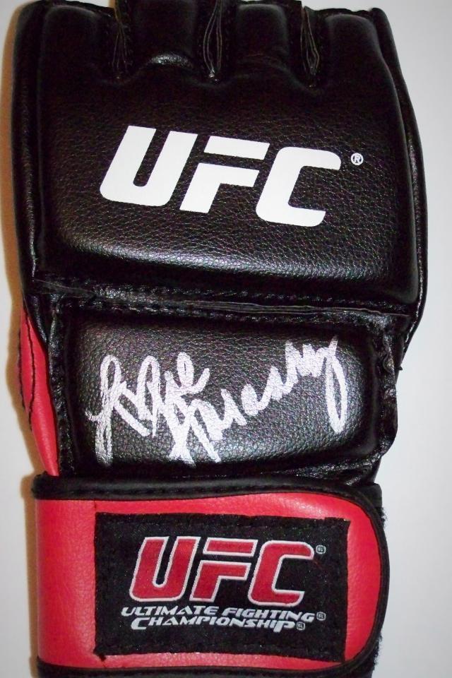 Arianny Celeste Signed UFC Fightglove ...JSA COA Photo