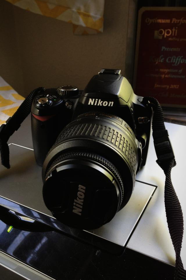 Nikon D60 dSLR plus Extras!! Photo