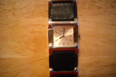 Fashionable FURLA (brand) Women's Watch Black Leather Band SILVER Links - Italy Photo