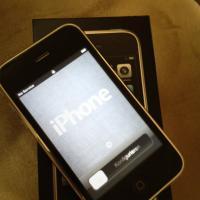 iphone 3gs 32gb black unlocked Photo