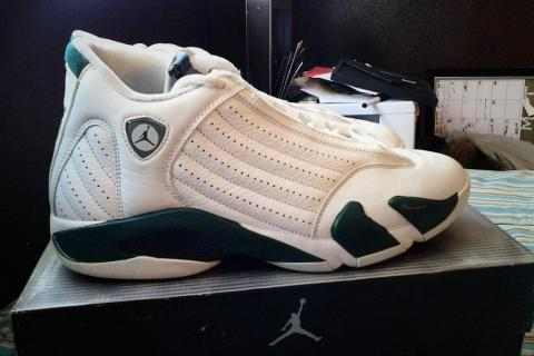 Air Jordan 14 Retro White Forest Green Photo