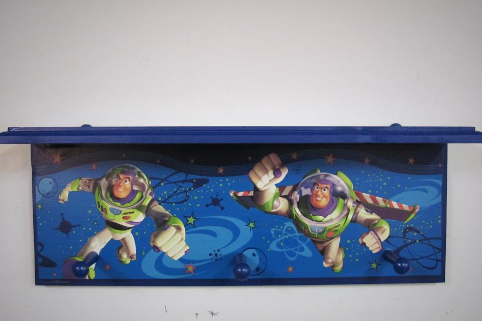 BUZZ LIGHTYEAR/TOY STORY SHELF/HAT RACK Large Photo