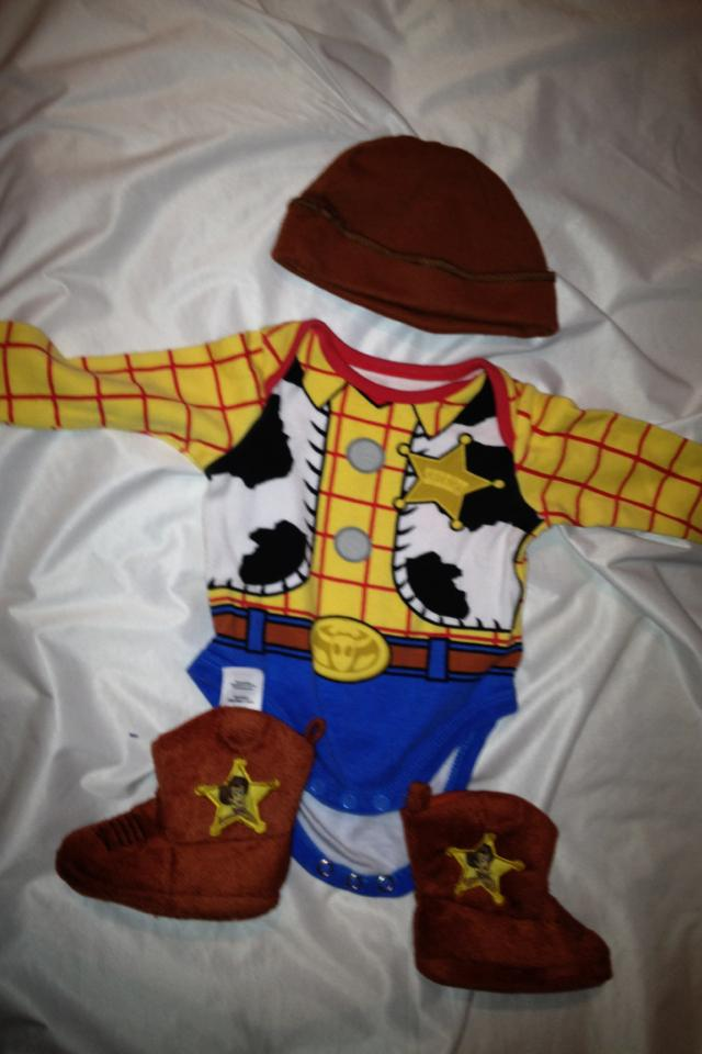 0-3 mths woody outfit Photo