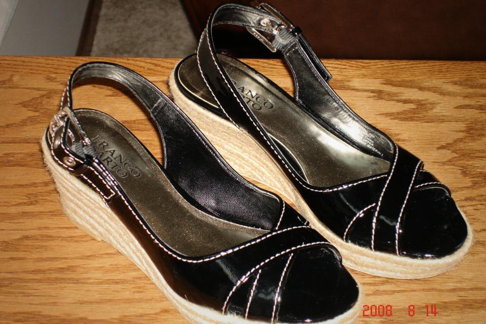 Sandals Large Photo