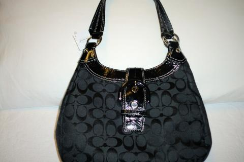 COACH SOHO SIGNATURE HOBO HANDBAG/BLACK Photo