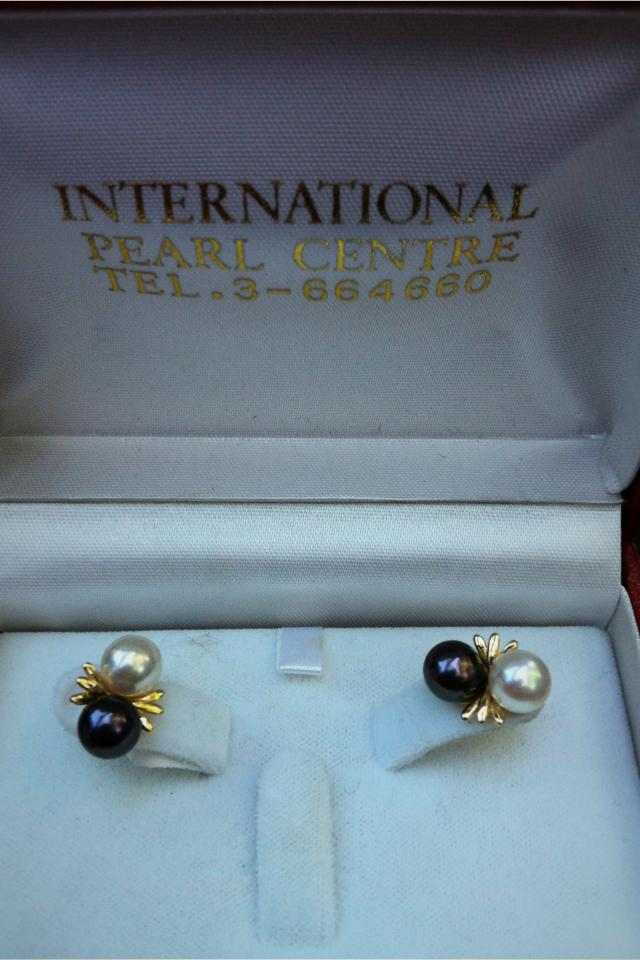 14k Earrings w/ black & white pearls Large Photo