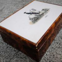 wooden trinket box Photo