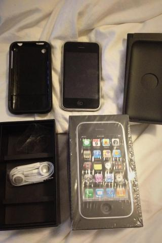 iPhone 3GS Black 16GB Photo