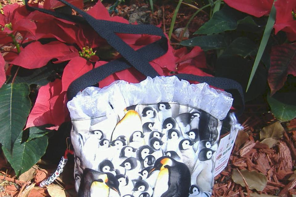 Happy Feet  purse Large Photo