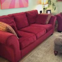 Beautiful Red Couches (Sofa & Loveseat) Photo