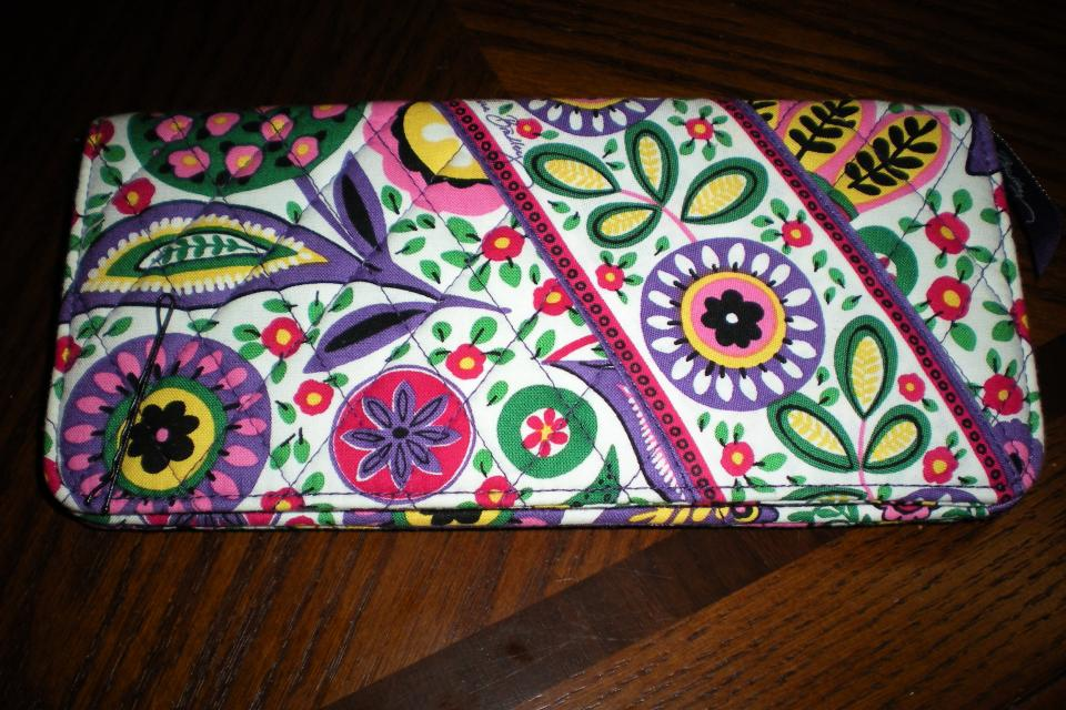 Vera Bradley Wallet Large Photo