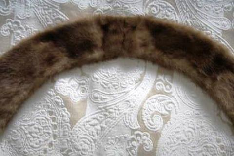 VINTAGE MINK COLLAR Photo