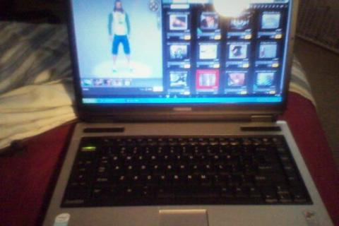 Toshiba Laptop for sale Photo