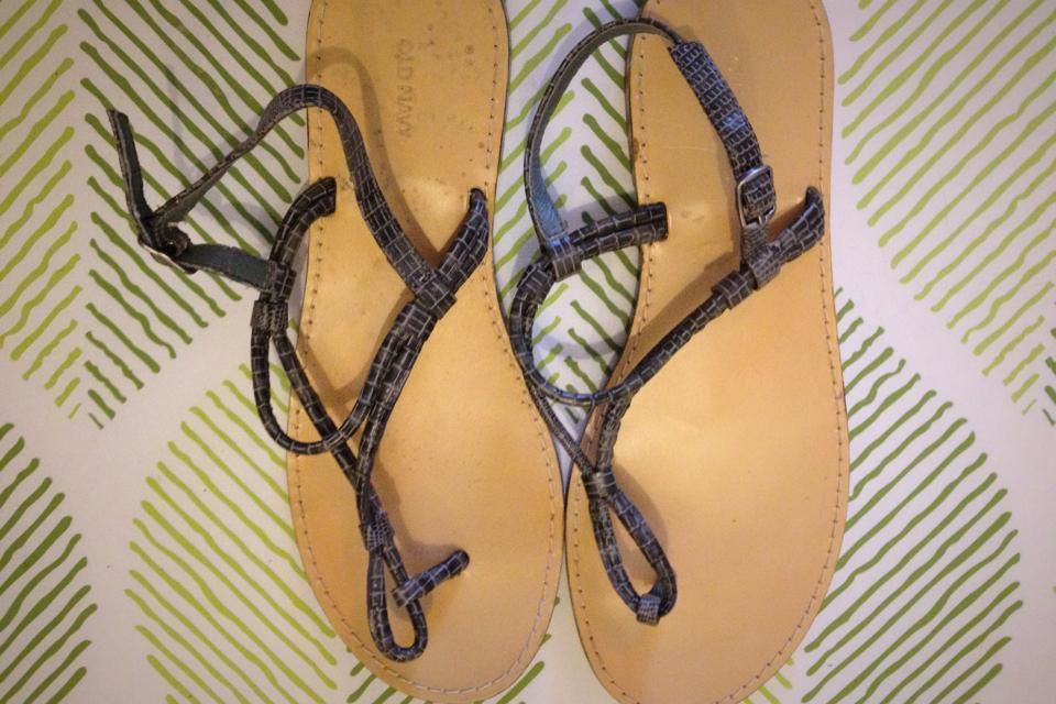 strappy sandals Large Photo