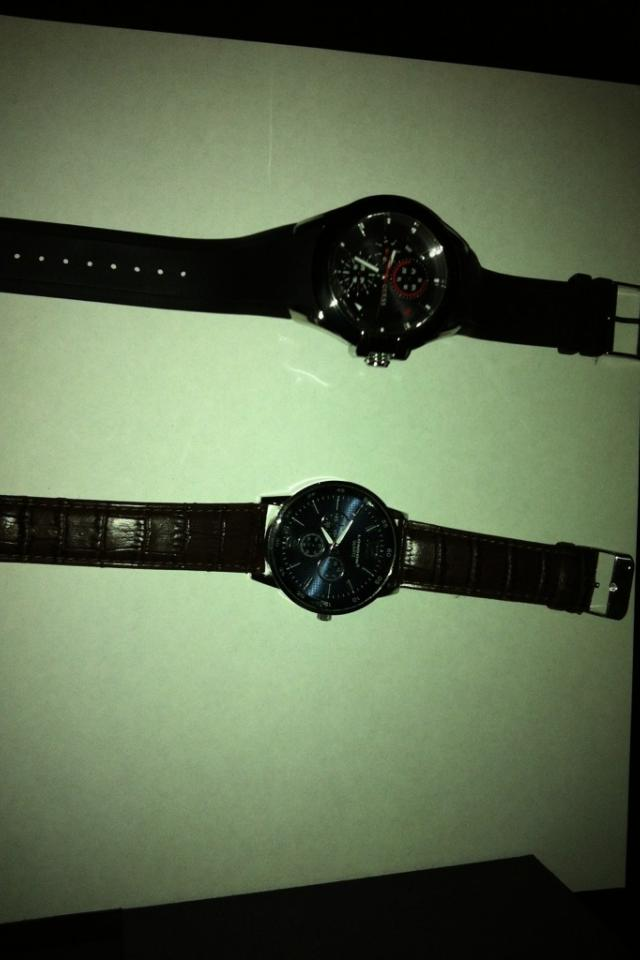 *BRAND NEW* Tag Heuer Men's Watch + Free Men Watch Large Photo