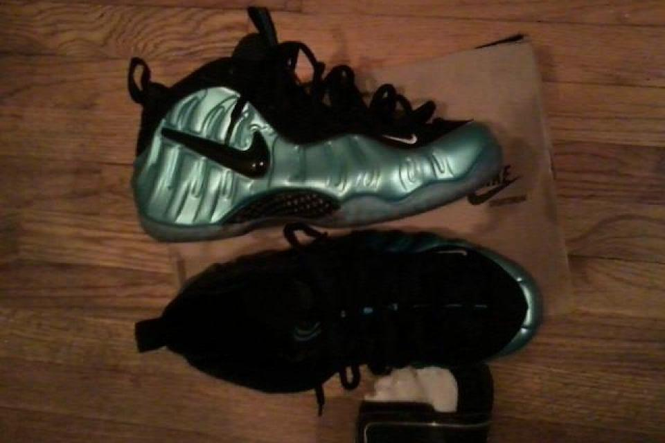 electric blue foamposites Large Photo