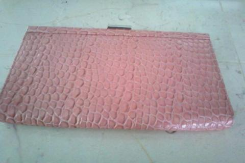 Pink Banana Republic wallet Photo
