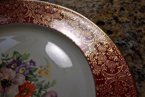 Set of (4) Rare 1940 Edwin M. Knowles Dinner Plates w/ gold scroll & Free Shipping  Photo