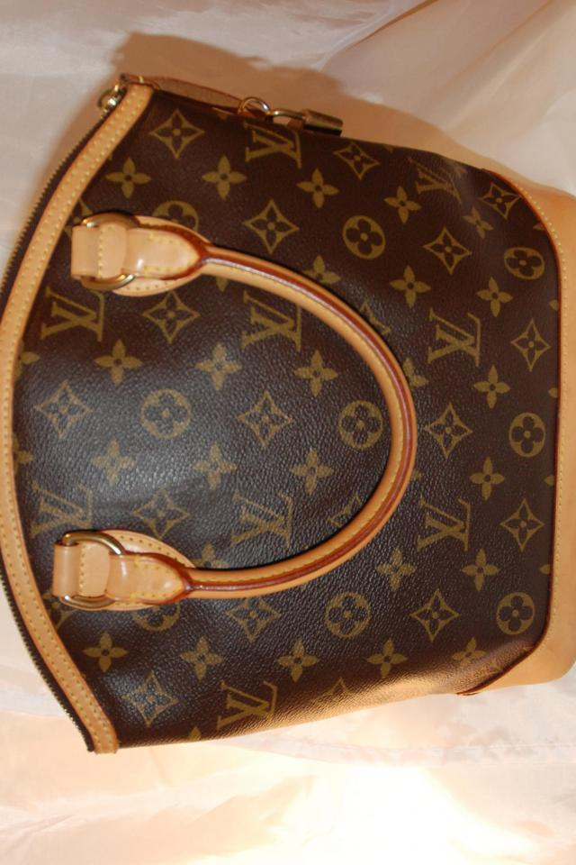 Louis Vuitton Monogram LOCKIT PM Vertical Photo