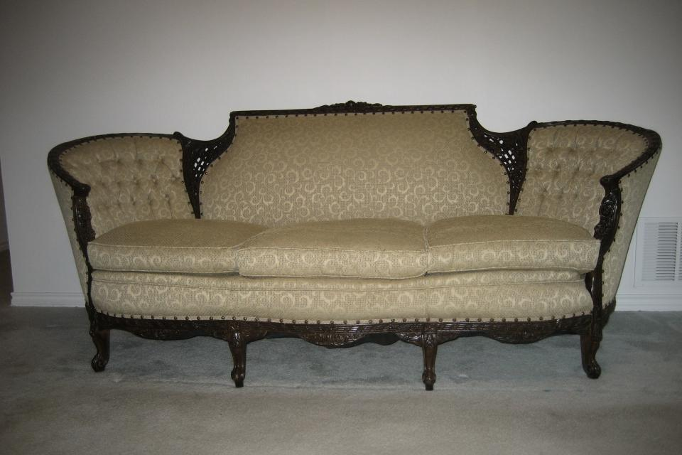 Antique Couch Large Photo