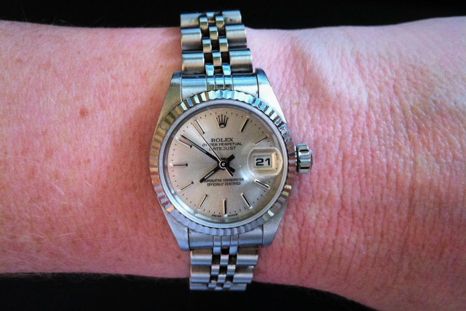2001 Womens Rolex Oyster Perpetual Datejust Watch Large Photo