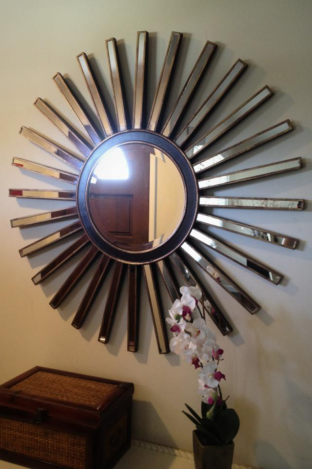 Large Starburst wall mirror Large Photo