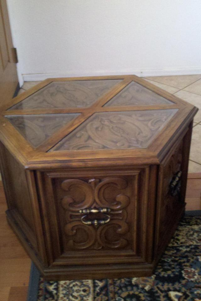 ANTIQUE Ornate Hexagon glass top side ta Large Photo