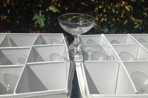 50 champagne glasses! Photo