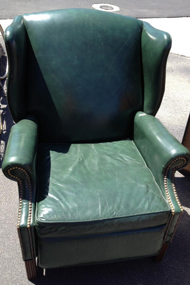 Recliner green leather La Z Boy  Large Photo