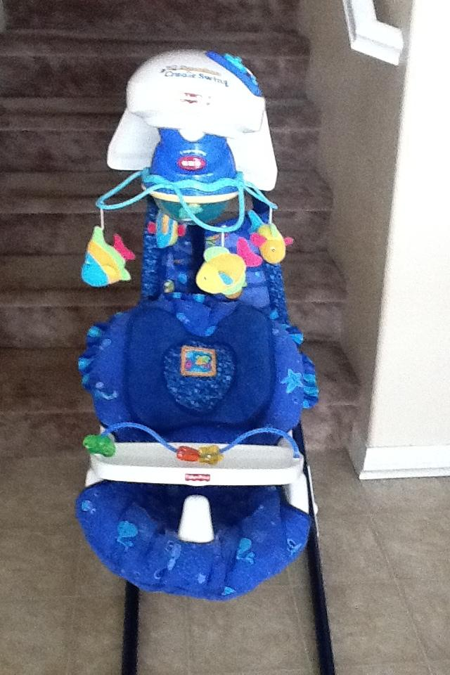 Fisher price cradle swing Large Photo