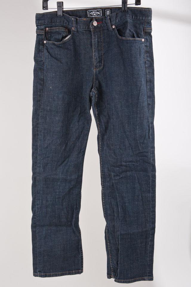 Elwood Jeans Photo