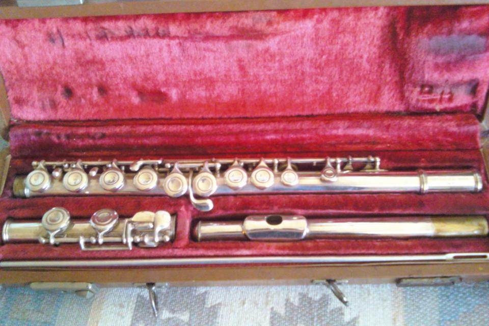 Silver plated Artley 1956 Flute Large Photo