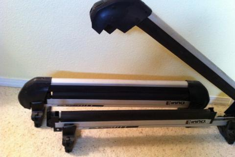 Inno snowboard rack/slider Photo