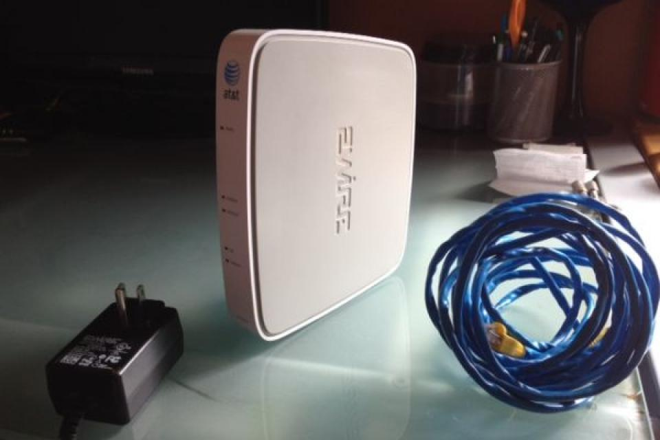 AT&T 2 Wire Gateway DSL Modem Wireless Router Large Photo