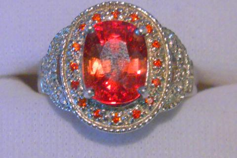 Detailed Padparadscha Ladies ring Photo