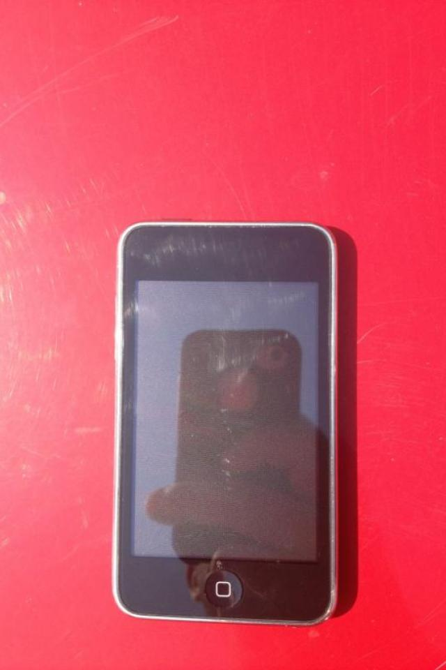 Used Ipod 32G Photo