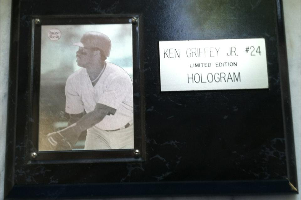 Ken Griffey Jr. Hologram LE. Card Large Photo
