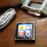 iPod nano (6G) LIKE NEW Photo