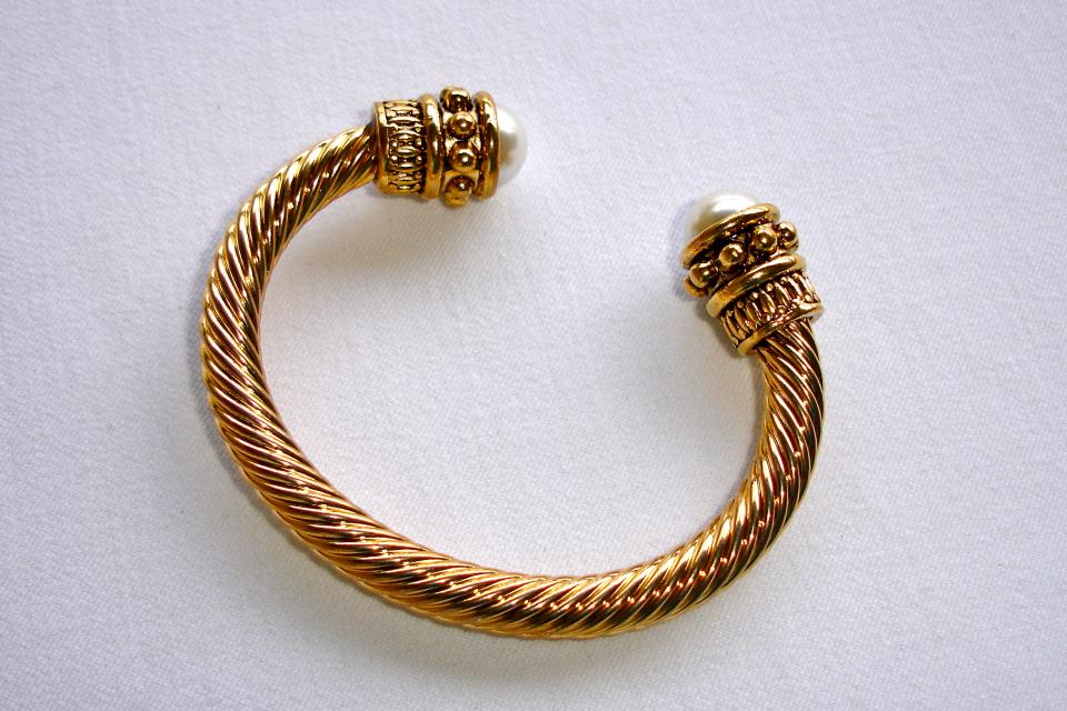 Gold Bracelet  Large Photo