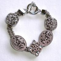 Antique style silver bracelet Photo
