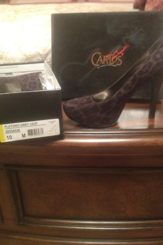 Carlos Santana platform leopard pumps Photo