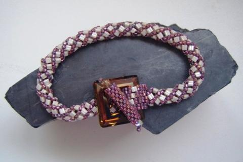 Ref: 16   Bracelet with Swarovski clasp. Photo