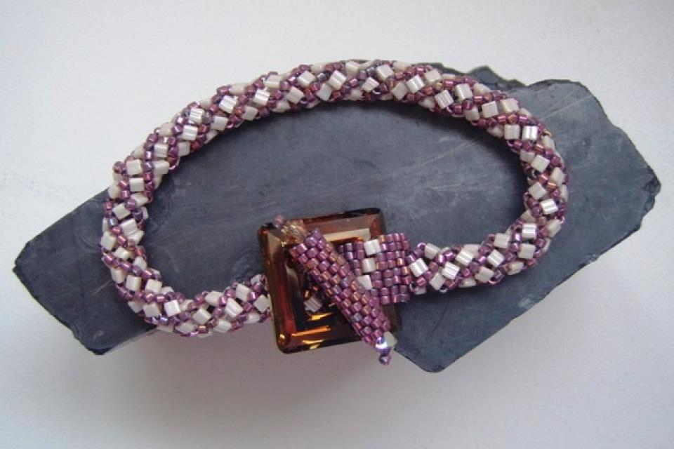 Ref: 16   Bracelet with Swarovski clasp. Large Photo
